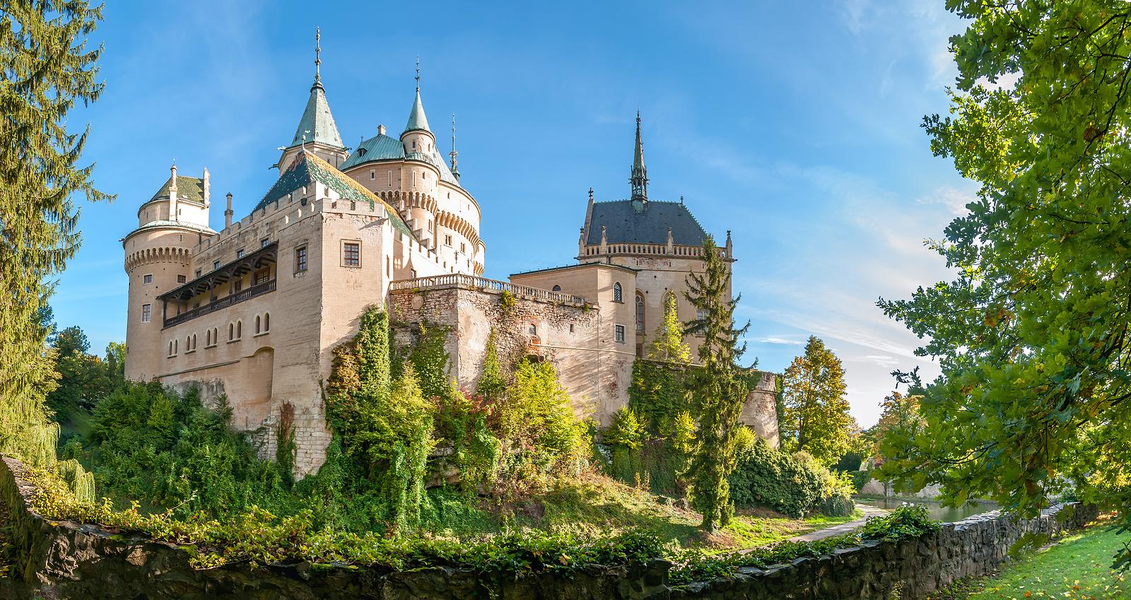 Castles & Ruins of Slovakia