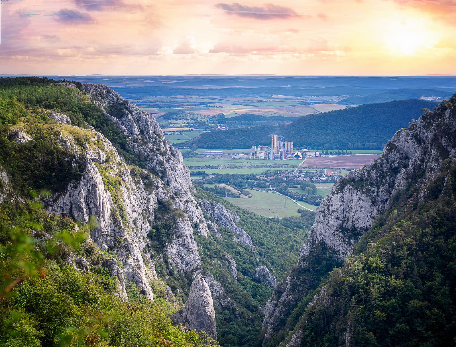 The most beautiful four-leaf clover of Slovak Karst: A trip from dawn to dusk