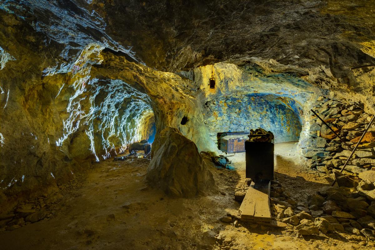 Hľadanie pokladu v Slanských vrchoch pre ozajstných dobrodruhov alebo prechádzka s permoníkmi pre každého