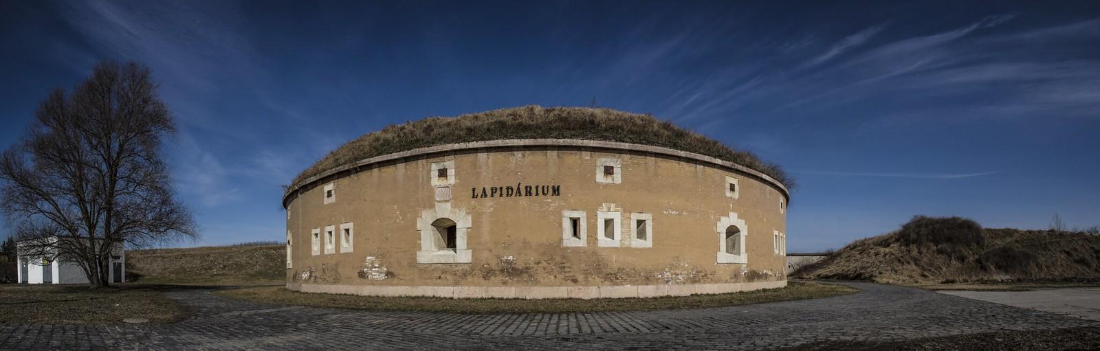 Lapidárium v Komárne
